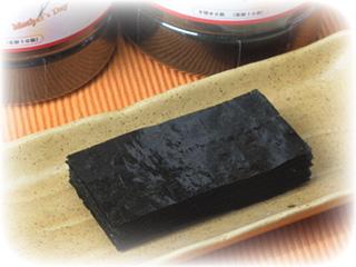 有明海産の海苔を特製「秘伝のタレ」で味付け。